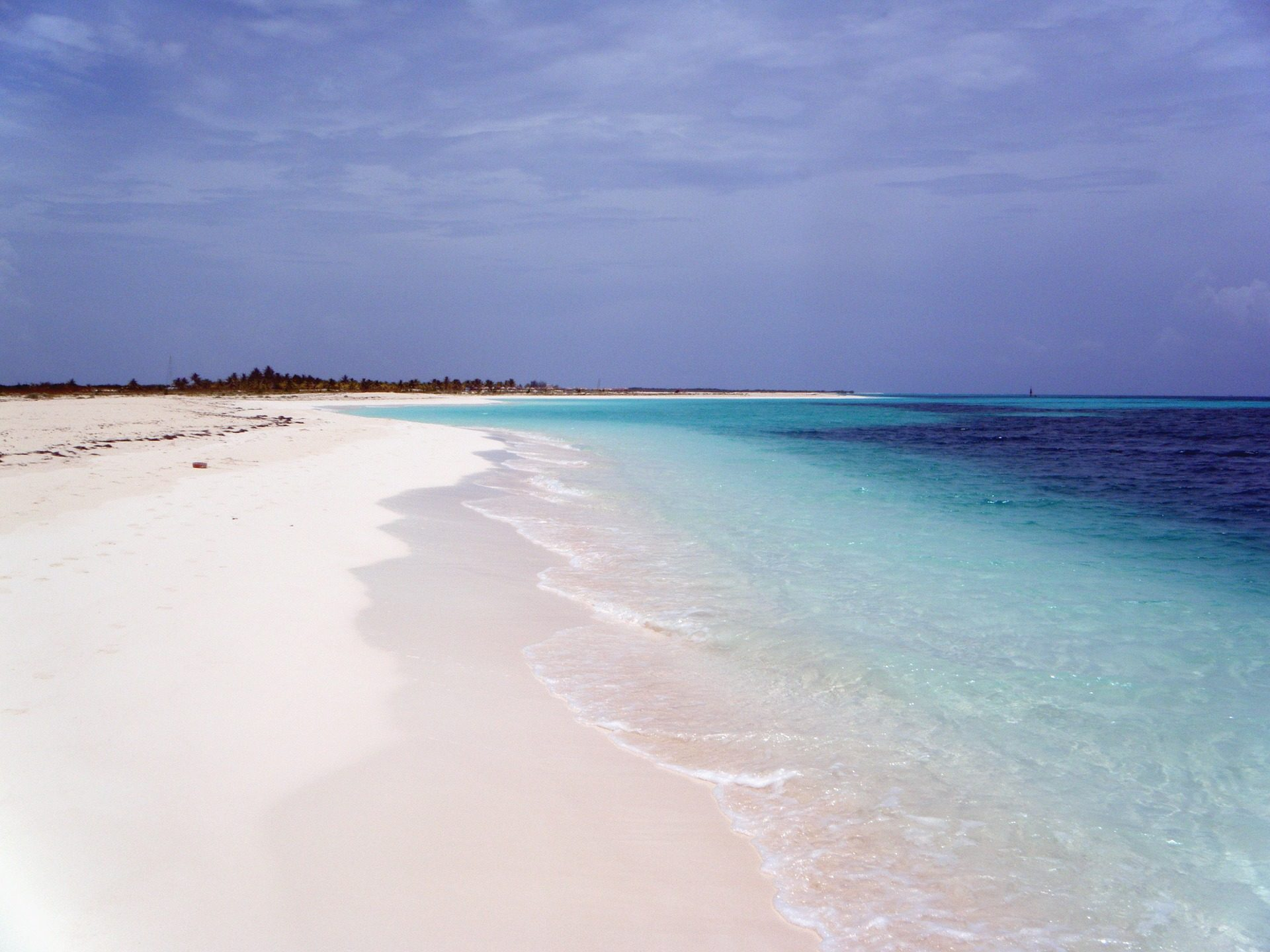 Best white sandy beaches near Havana