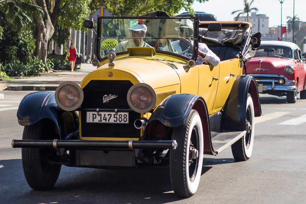 Cuban Cars: Why does Cuba have so many vintage Cars? Why Not