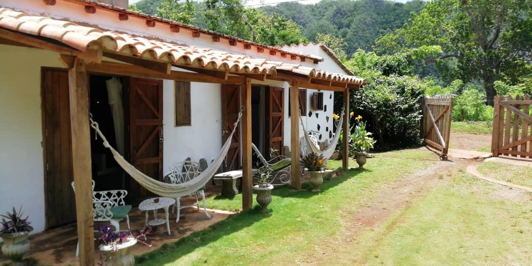 MogoteArt: an artistic home in Viñales